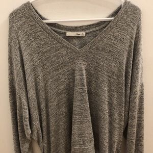 Aritzia long sleeve shirt